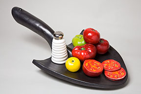 Sliced Tomato Shovel
